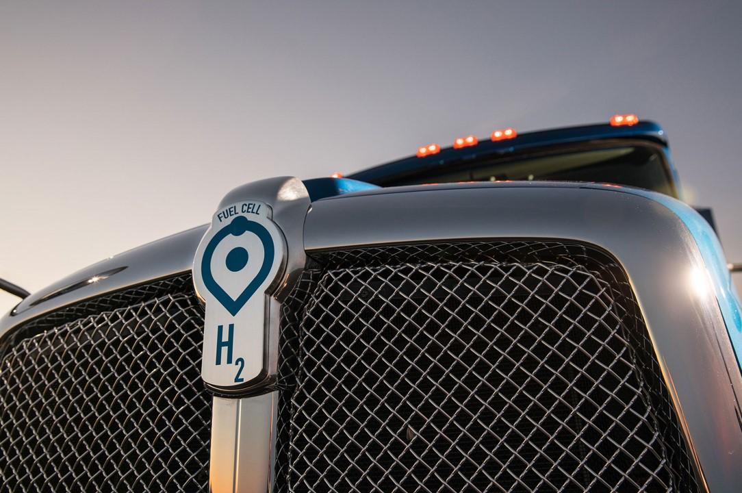 Como funcionam os caminhões com emissão zero?